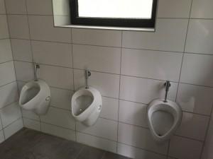 Die neuen Urinalbecken